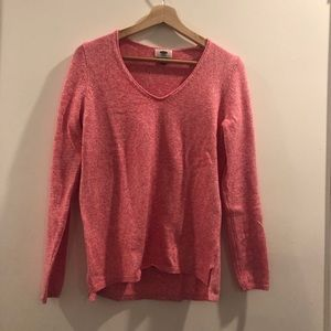 OLD NAVY V-NECK SWEATER  SIZE SMALL